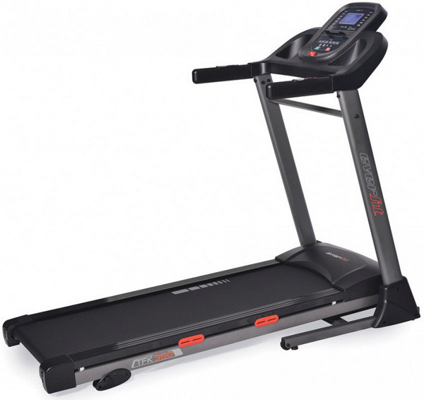 Az Everfit TFK 350 futópad akár 100 kilogramm terhelésig képes hatékony támogatást nyújtani az otthoni futóedzések kényelmes és korszerű kivitelezéséhez.