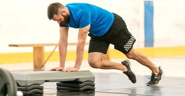 A cross training életkortól és edzettségtől függetlenül elkezdhető, természetesen a megfelelő, belépő terhelési szinten.