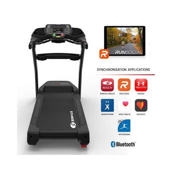 A Bowflex BXT226 futópad számos edzésalkalmazással kompatibilis, interaktív edzéslehetőséget biztosító modell.