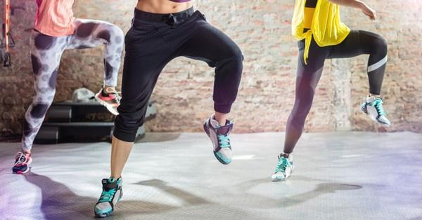 A lábedzés kétségkívül az egyik legösszetettebb feladat, hiszen alapvetően is terheljük a lábunkat, a vádli például éppen ezért az egyik legnehezebben fejleszthető izomzatunk.